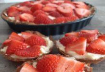 τάρτα με φράουλες χωρίς ζάχαρη